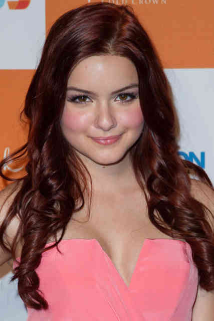 Hot Ariel Winter Photo