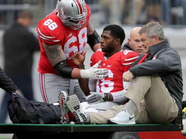 Injury leg of J.T. Barrett HD Photos FootBall Player
