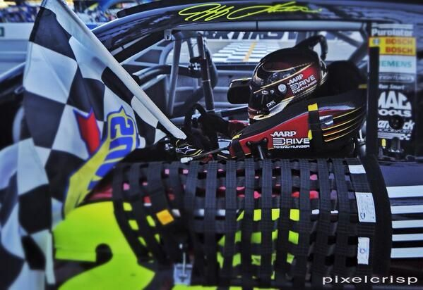 NASCAR: Jeff Gordon wins at Martinsville Photos #2
