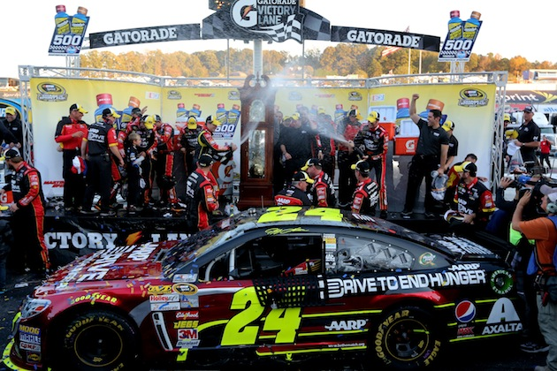 NASCAR: Jeff Gordon wins at Martinsville Photos #8