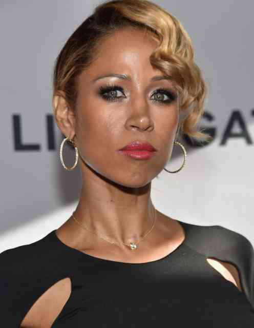 Actress Stacey Dash Suspended on FOX Photos
