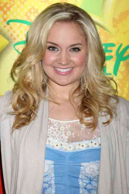 Disney Star Tiffany Thornton Images