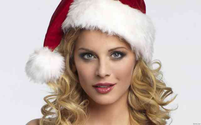 Hot Russian Christmas Women HD Wallpapers