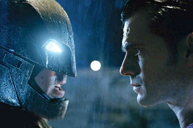 Images Batman vs Superman Movie Trailer