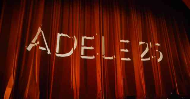 Red Curtain Adele : NBC Concert Live in New York City Images