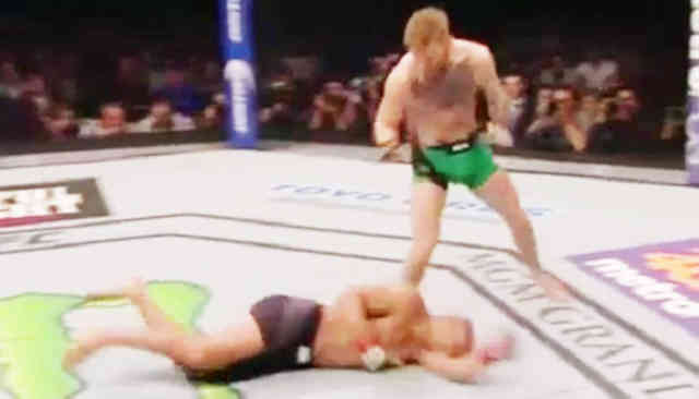 UFC 194 : The Killer Conor McGregor KOs Jose Aldo 13 seconds Images
