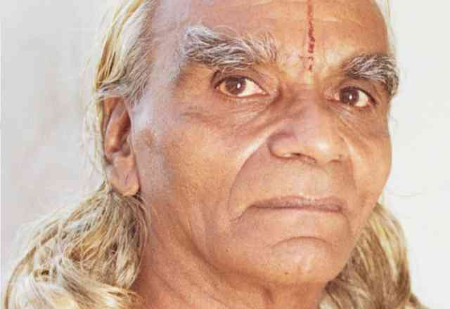 Yoga BKS Iyengar 97th birthday of Guru  of YOGA in the West Images