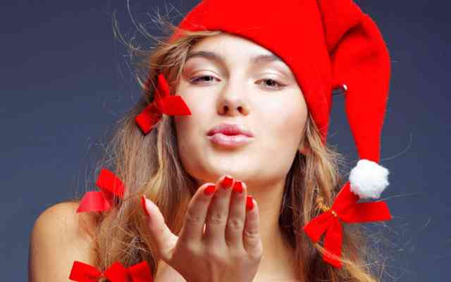 Young Christmas Women HD Wallpapers