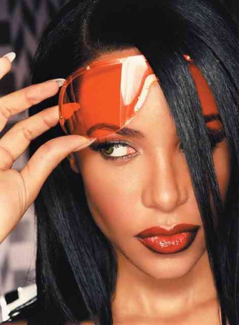 Hairstyle Aaliyah 37th Birthday Photos