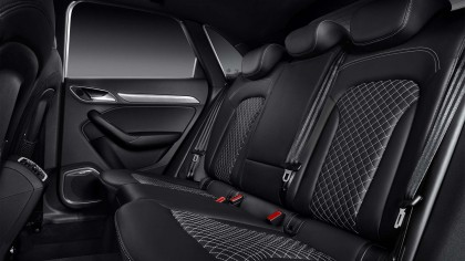 Audi RSQ3 wallpaper HD car interior design picture