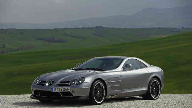 Mercedes-Benz SLR McLaren 722 Edition in nature