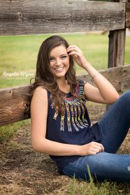 Approach Senior Photographers in Texas to Capture Special Moments