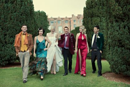 Take a Clue of How to Deal With Group Photos During Weddings